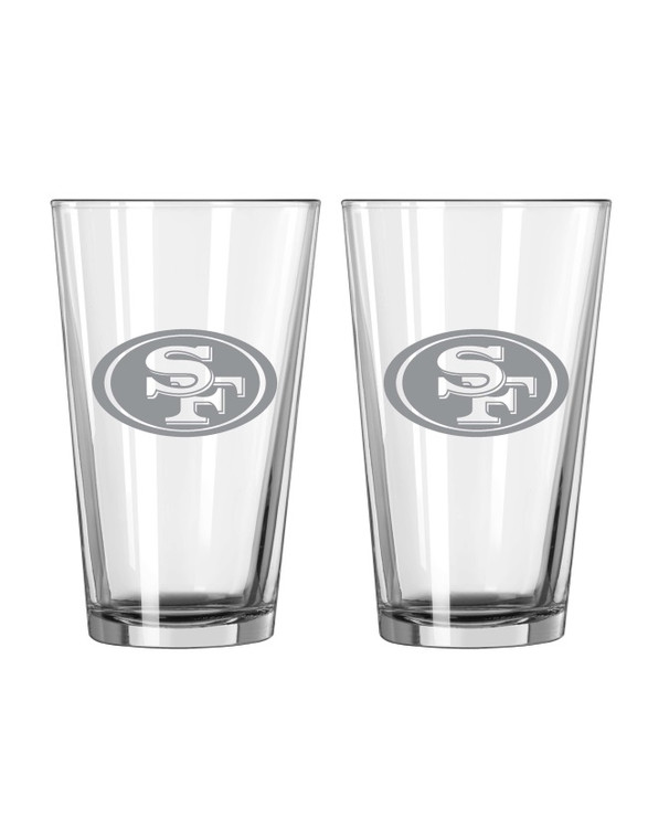 These pint glasses are perfect for game day parties or as a gift. It is decorated with a colored team logo and a frost pattern. Holds 16 fluid ounces. Set of 2. Made By Logo Brands.
