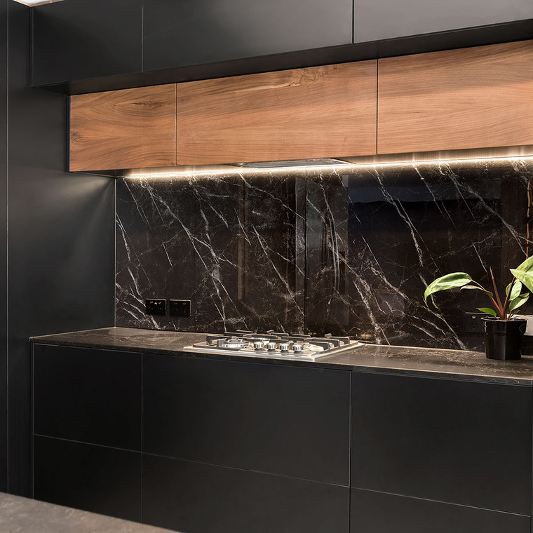 Black marble splashback
