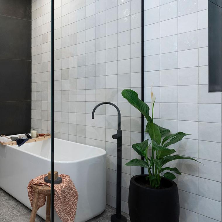 Artisan White Gloss Bathroom