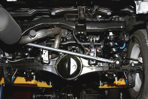 Total Chaos Adjustable Panhard Bar:  2008+ Land Cruiser 200 Series