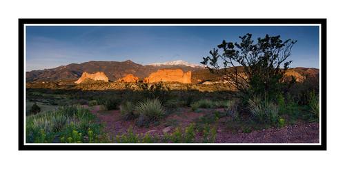 Pikes Peak over Garden of the Gods in Colorado Springs, Colorado 2159