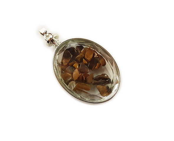 32x42mm Tiger eye chips in oval glass pendant