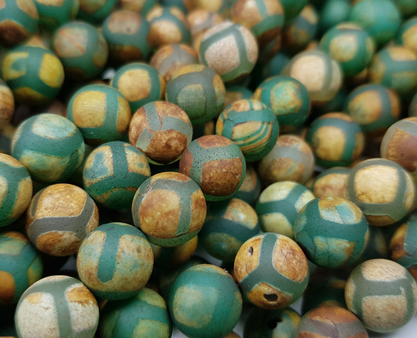 10mm Tibetan Style Agate Green Line Soccer Smooth Beads