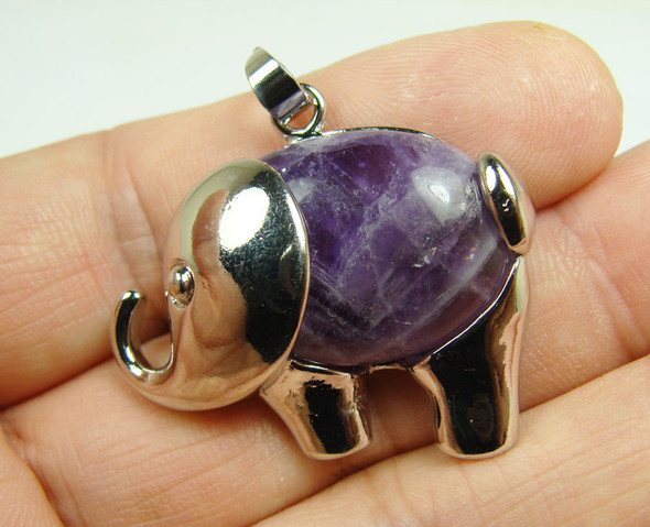 20x27mm Amethyst small elephant pendant