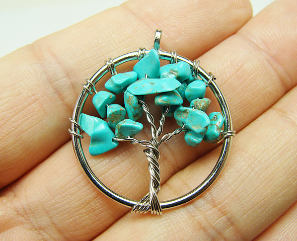 30mm Turquoise howlite tree of life silver wire pendant