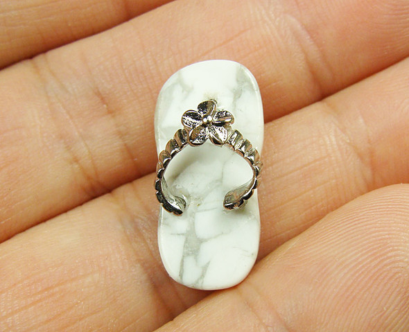12x23mm White howlite small slipper pendant