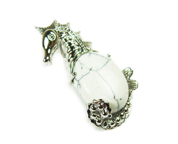 18x33mm White Howlite Sea Horse Pendant