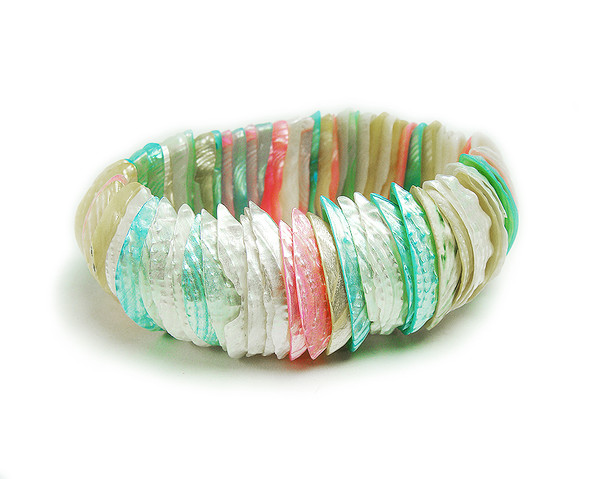 7 inches Multi Color Shell Stretch Bracelet