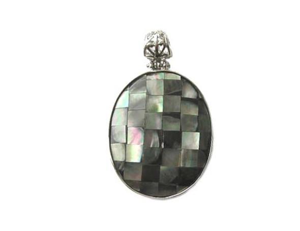 38x53mm Black shell mosaic oval pendant