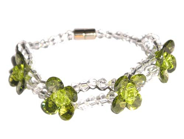 CZ fashion bracelet, peridot color.