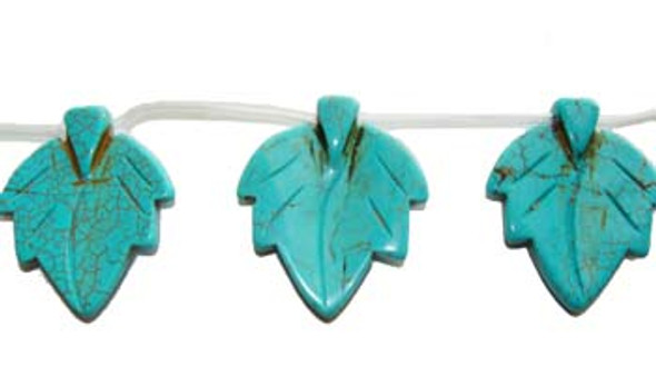 22x29mm  9 beads Turquoise/howlite carved leaf beads