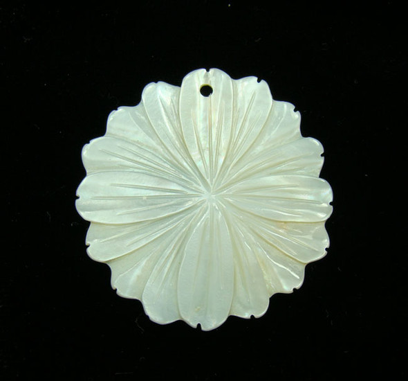 37mm White Shell Flower Pendant