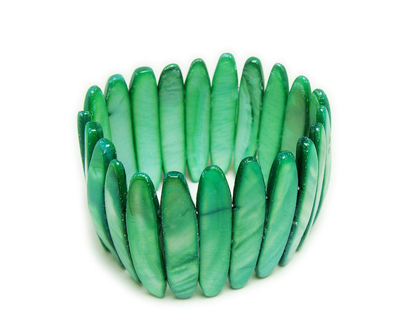 7 - 7.5 inches Green shell bracelet