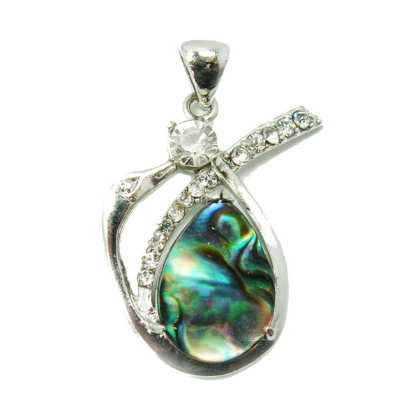 approx. 20x30mm Abalone shell swan pendant