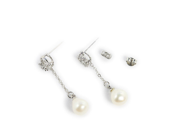 studs with platinum plated chain Decorated pearl drop earrings
