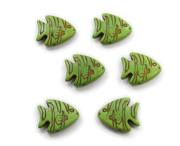23x26 Pack Of 6 Green Howlite Carved Fish Beads