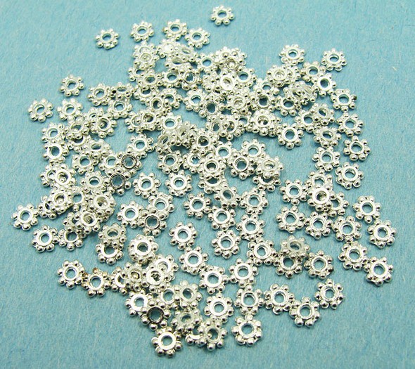 6mm  approx. 100 pieces Silver plated daisy discs