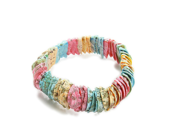 7 inches Multi-color stretch shell bracelet