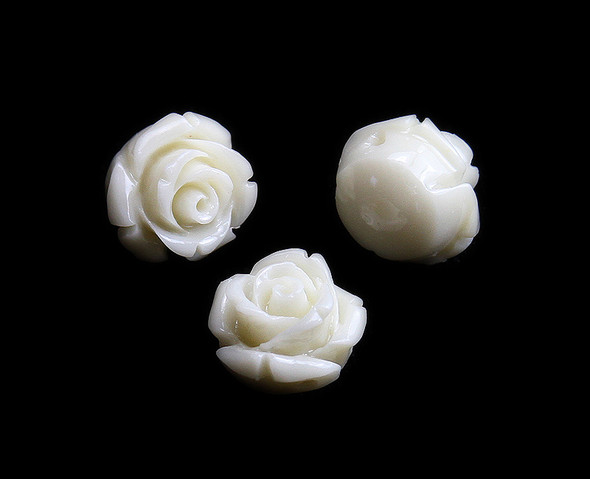 12mm  pack of 10 Cream white natural coral rose flower beads