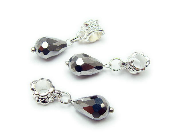 8x12mm Pack Of 5 Silver Faceted Glass Briolette With Ab And Silver Plated Hanger