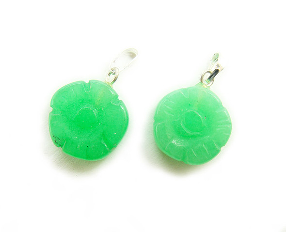 14mm  pack of 10 Green aventurine thick flower coin gemstone pendant
