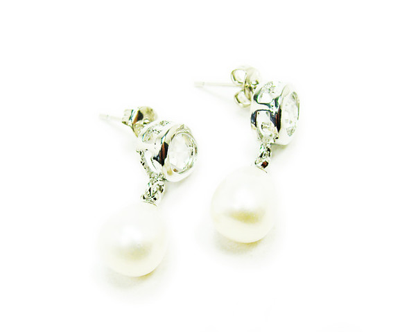 7/8 inch in total length White pearl and clear rhinestone round earrings