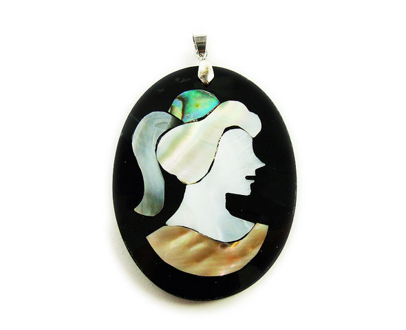 45x55mm Multi Shell Lady Face Oval Pendant