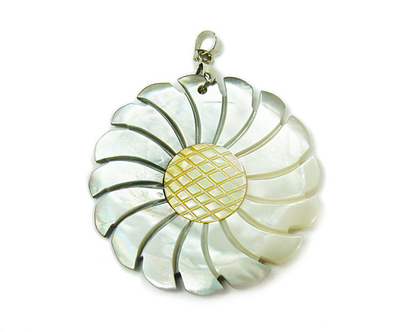 40mm Black Shell And Yellow Shell Sunflower Pendant