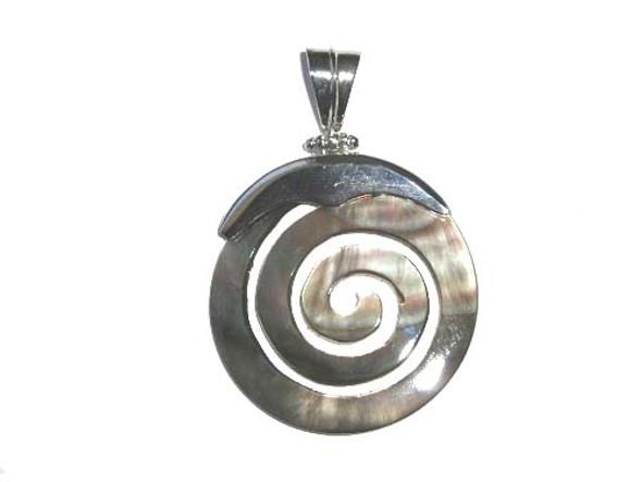 40x55mm Black shell swirl pendant
