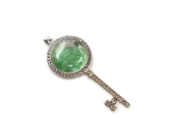 32x74mm Green aventurine chips with CZ and metal key pendant