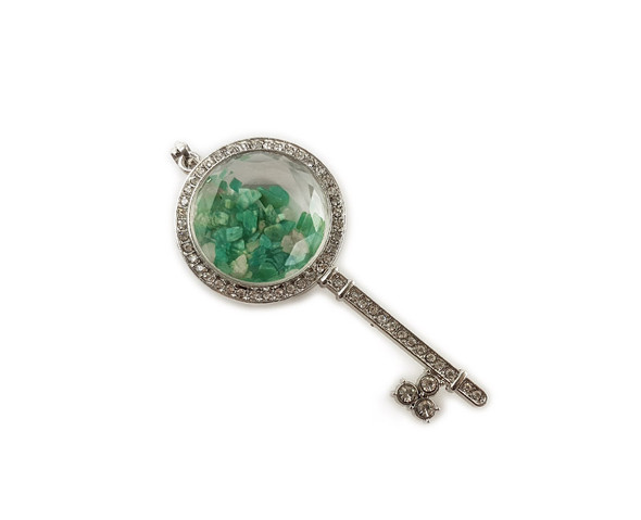 32x74mm Green Jade Chips With Cz And Metal Key Pendant