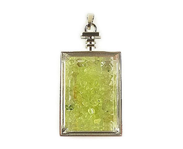 22x36mm Peridot Chips In Rectangle Glass Pendant