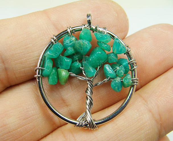 30mm African jade tree of life silver wire pendant