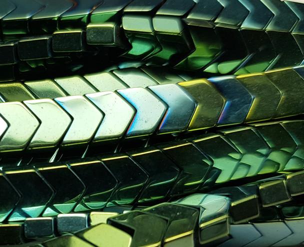 6x3mm Green Hematite Shiny V-Shaped Arrow Beads