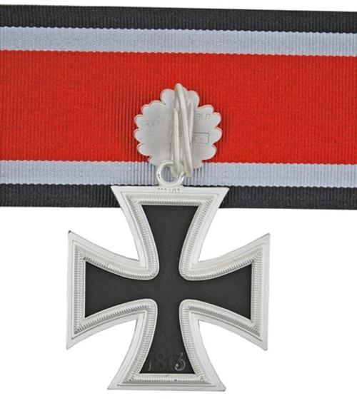 Knight's Cross with Oak Leaves (Ritterkreuz mit Eichenlaub)   from Hessen Antique