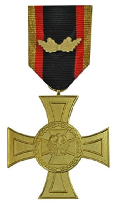 Bundeswehr Cross of Honor for Valor from Hessen Antique