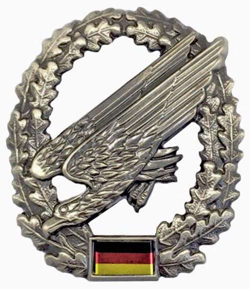 Bw Fallschirmjäger Beret Badge