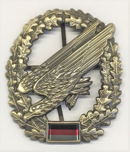 Bw Fallschirmjäger Beret Badge from Hessen Antique from Hessen Antique
