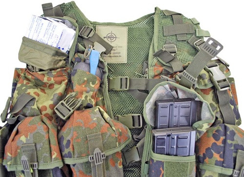 Flecktarn TACTICAL Assault Vestfrom Hessen Antique
