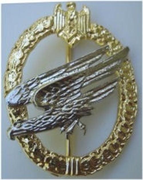Fallschirmjäger Badge (Fallschirmjägerabzeichen) from Hessen Antique