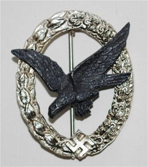 Air Gunner's and Flight Engineer's Badge (Luftwaffe Fliegerschützenabzeichen für Bordschützen und Bordmechaniker) from Hessen Antique