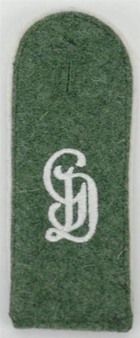 GD Enlisted Shoulder Boards on Field-Grey wool