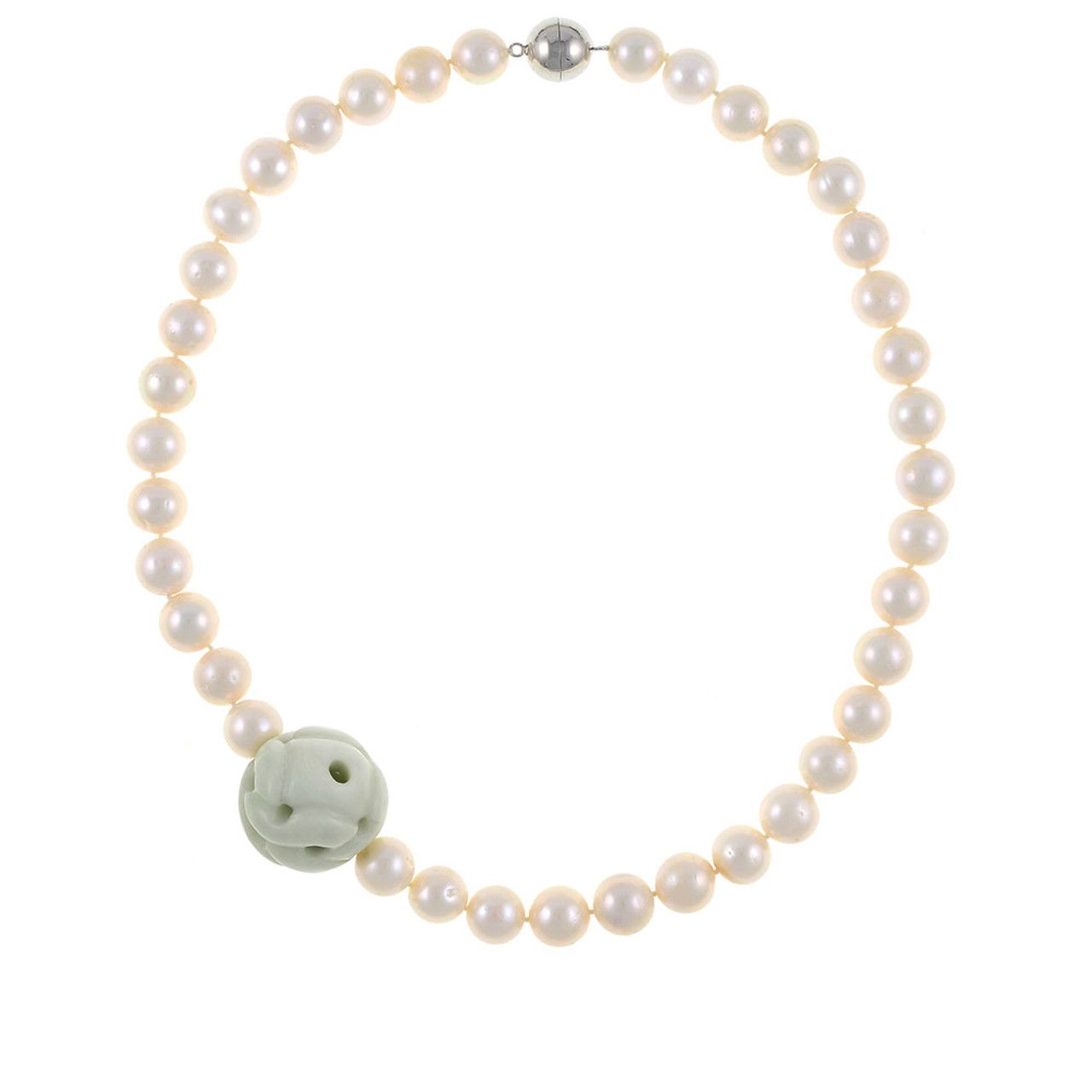 4a8d18e286017 Mandalay - Pearl Necklace with Jade