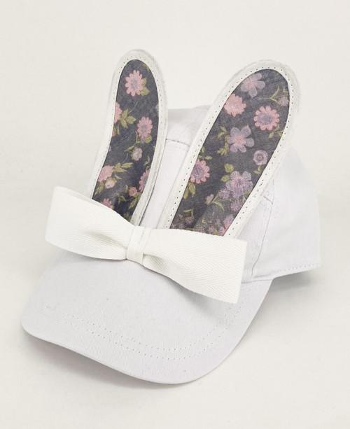 BUNNY BONANZA!                                     Flower Bunny Cap                      White/Grey