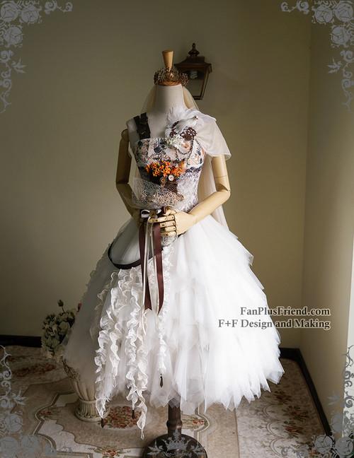 2f3a5fa05b ... Co-ordinate Show (crown & veil: P00623, skirt & bustle belt: ...