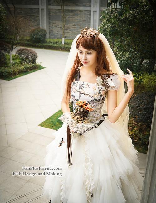 e005dd24ac ... Model Show (crown & veil: P00623, corset: Y00041, bouquet: P00620 ...