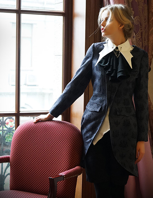 Model Show (blouse: TP00146, shorts: SP00006N)