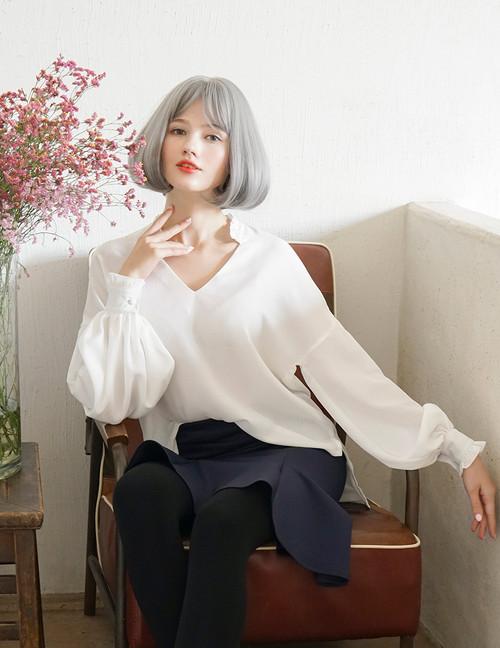 Model Show (White Version) Skirt SP00189