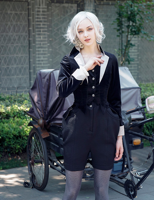 Model Show (blouse: TP00165, jumper shorts: SP00190)