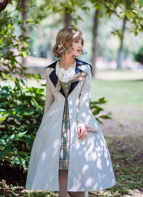 Model Show (dress: DR00240, blouse: TP00142N, petticoat: UN00019)